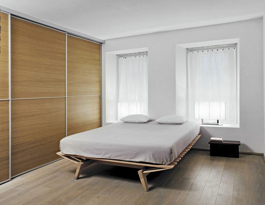 Ustawienie łóżka pod oknem