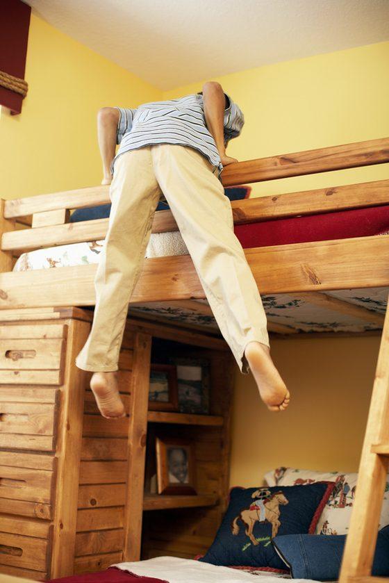 łóżko z biurkiem dla dziecka