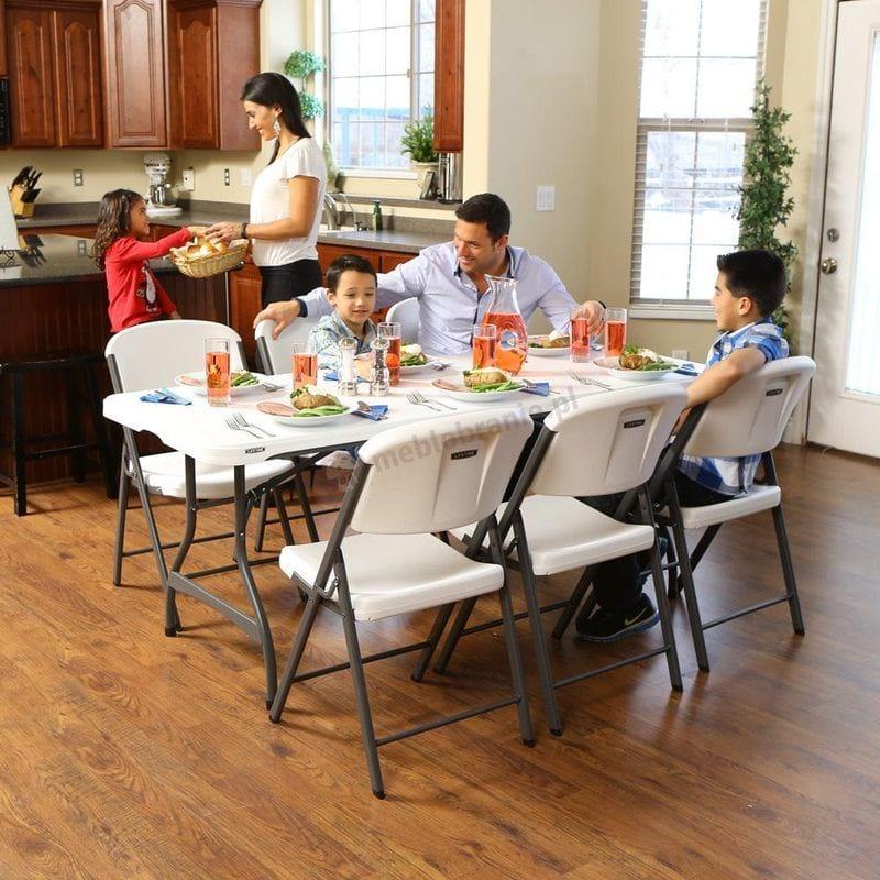 Stół cateringowy z cerfytikatem komercyjnym