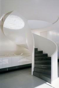 czarno-białe schody