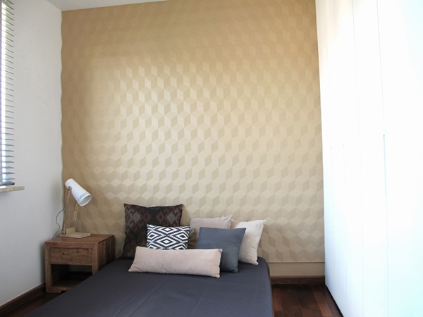 Panele dekoracyjne na ścianę wykorzystane do zaaranżowania sypialni.