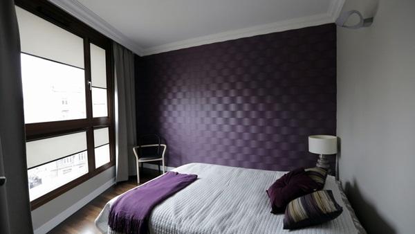 Panele piankowe na ścianę wykorzystane do udekorowania ściany sypialni.