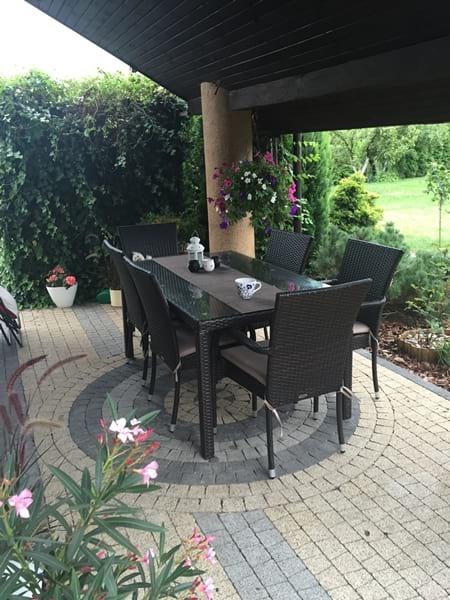 Zestaw obiadowy Rimmini & Torino w ogrodzie pani Magdaleny