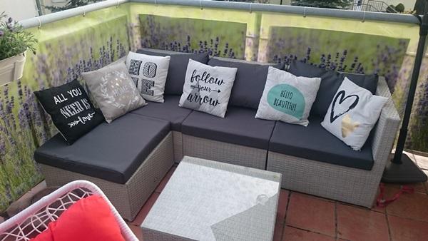 Ekskluzywne meble ogrodowe z technorattanu Farlito V na balkonie pani Anny