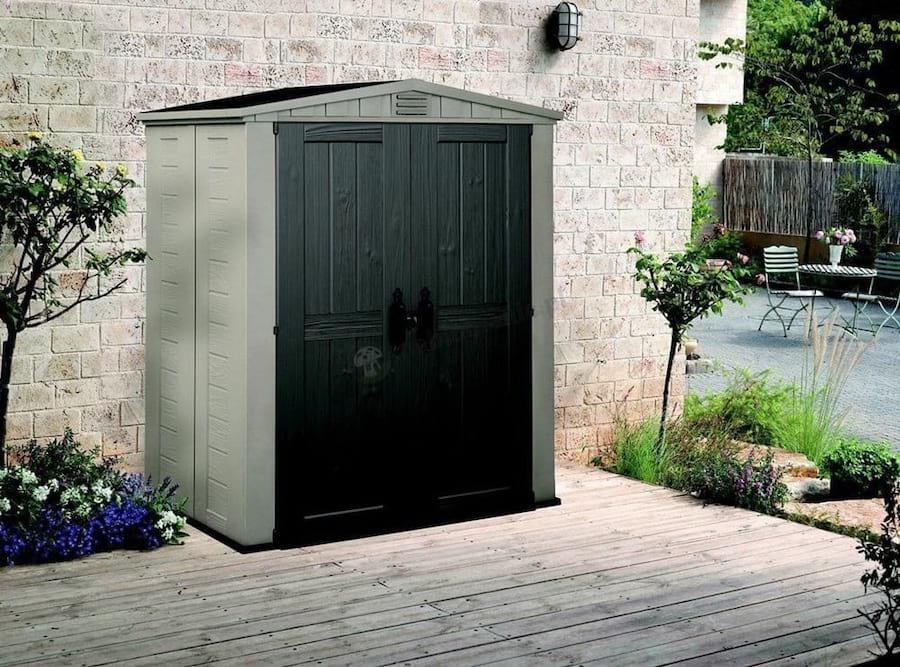 Pojemne wnętrze domku ogrodowego Factor 6x3