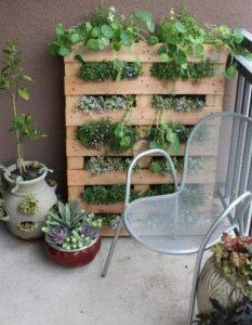 Pomysł na meble ogrodowe z palet