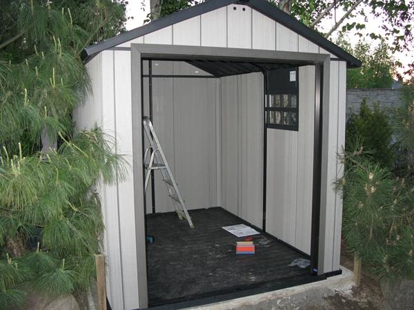 Montaż domku narzędziowego Keter Oakland