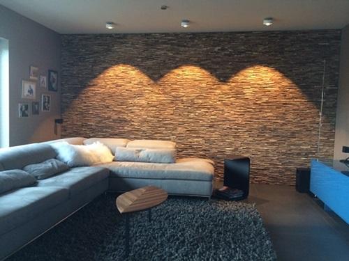 Panele drewniane na ścianę Natural Wood Panels wykorzystane w salonie