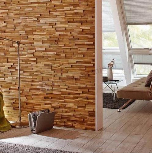 Drewniane panele na ścianę wykorzystane w korytarzu