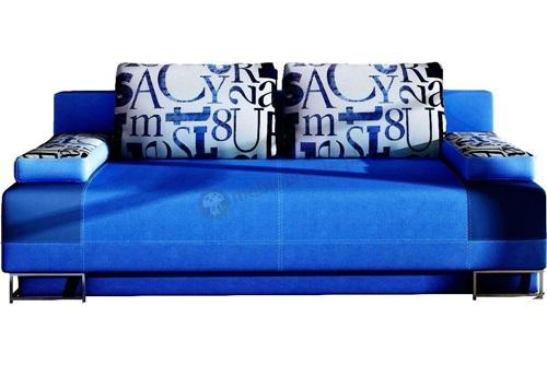 sofa do salonu w intensywnej kolorystyce