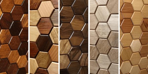 Płytki heksagony drewniane wykonane z różnych gatunków drewna