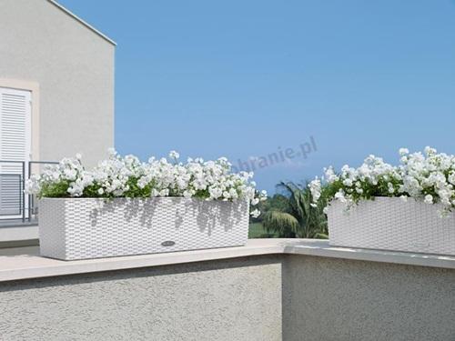 donice na balkon imitujące technorattanowe