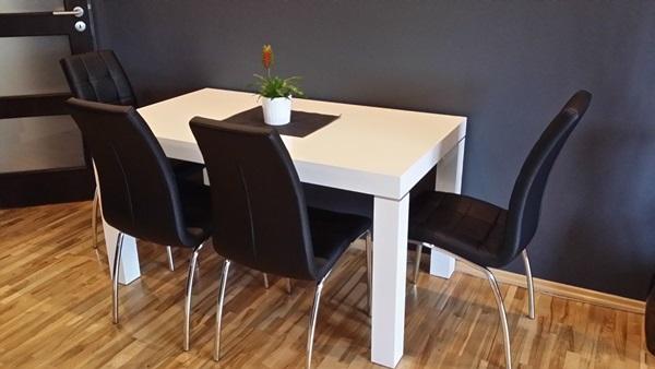 Nowoczesny stół do jadalni biały Capri