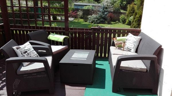 Zestaw ogrodowy Corfu Box Set ze stolikiem