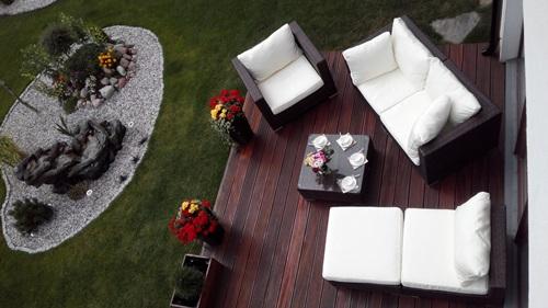 Ekskluzywne meble ogrodowe z technorattanu Nilamito