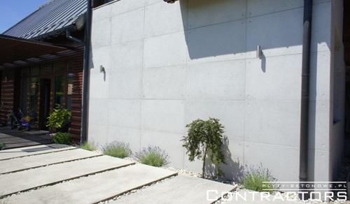 Nowoczesna elewacja z betonu architektonicznego