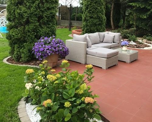 Prosty nowoczesny ogród