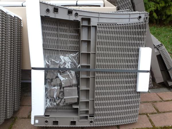 Montaż mebli ogrodowych Corona Box - części do złożenia fotela