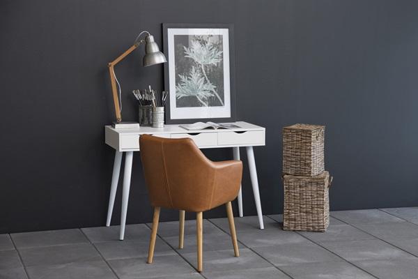 Actona Neptun białe biurko z szufladami w stylu skandynawskim z fotelem Nora