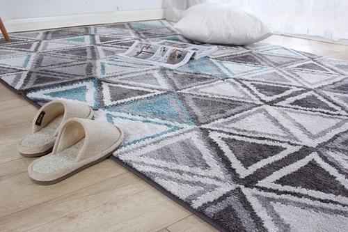 czyszczenie dywanu domowym sposobem