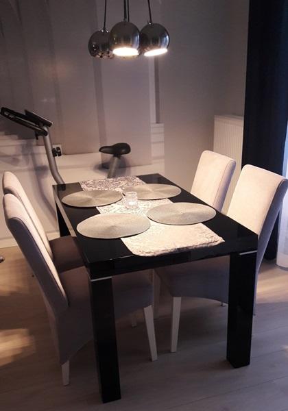 Nowoczesne aranżacje mieszkań stół Capri pani Ola