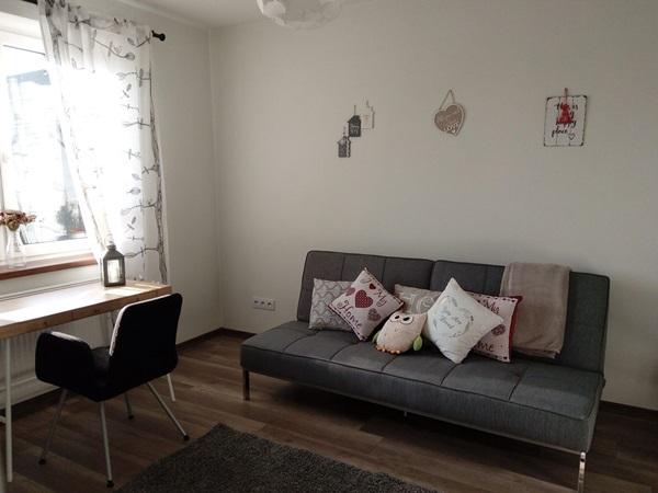 Przytulny salon z sofą Actona Perugia od pani Anny