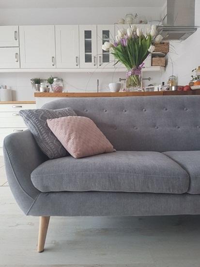 Aranżacja z sofą Elly