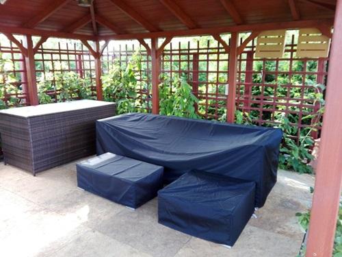 Pokrowce na meble ogrodowe Nilamito