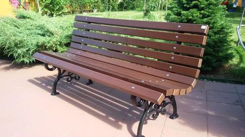 konserwacja drewnianych mebli ogrodowych