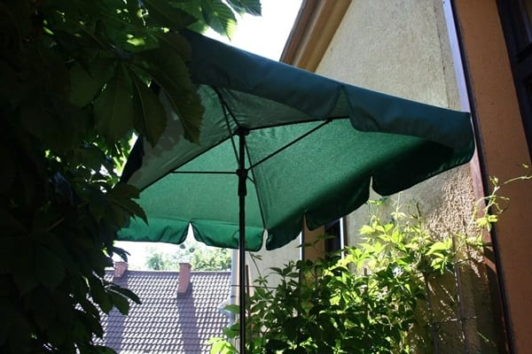 Parasol ogrodowy zielony