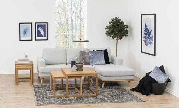 Norwich nowoczesna sofa na nóżkach