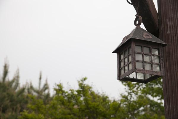 Oświetlenie ogrodowe z czujnikiem ruchu i zmierzchu