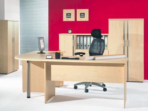 Meble biurowe z krzesłem ergonomicznym