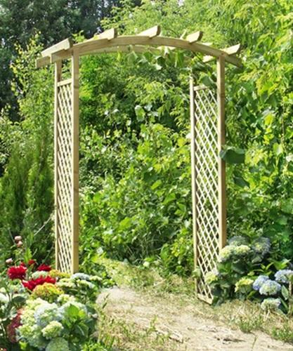 pergole ogrodowe drewniane