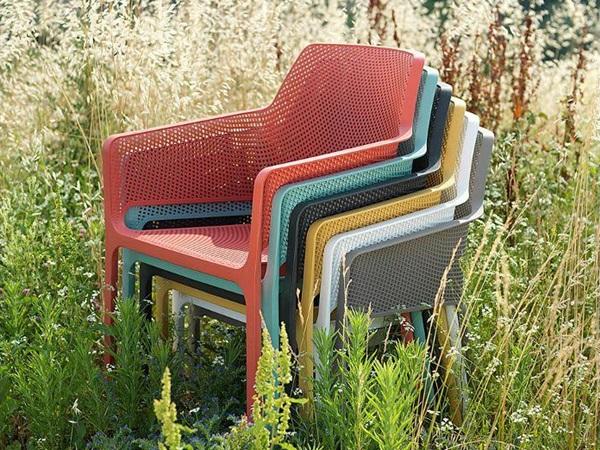 plastikowe krzesła ogrodowe składane