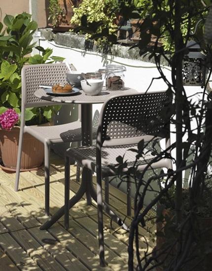krzesła ogrodowe plastikowe składane