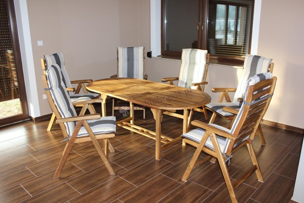 meble ogrodowe drewno tekowe