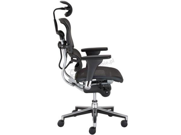 fotel do pracy przed komputerem