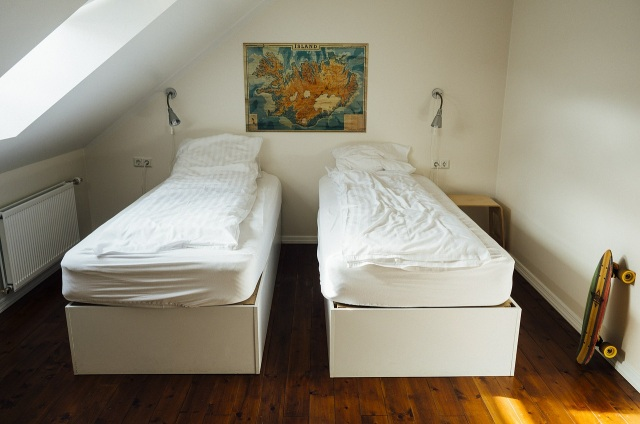 bardzo mały pokój dla 2 dzieci